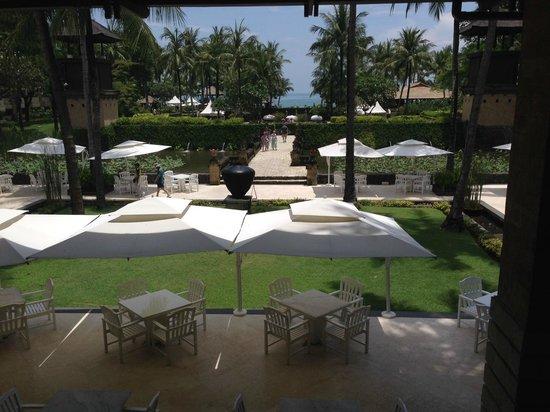 INTERCONTINENTAL Bali Resort : フロントからの抜け