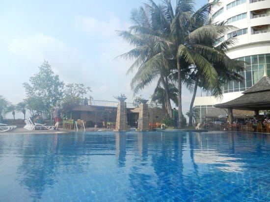 Prince Palace Hotel: Terrace