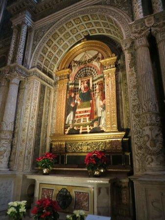 Chiesa di Sant'Anastasia : 1