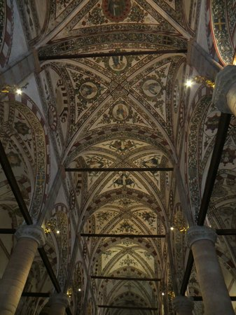 Chiesa di Sant'Anastasia : 3