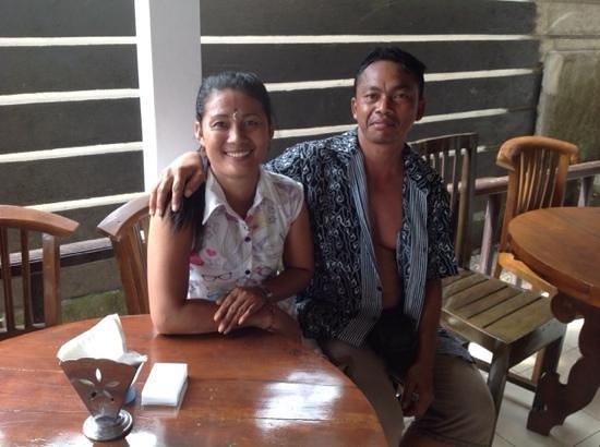 Titi Sedana Homestay: voici les charmants propriétaires!