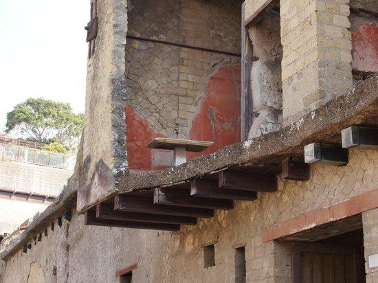 Ruins of Herculaneum: piano superiore di una casa