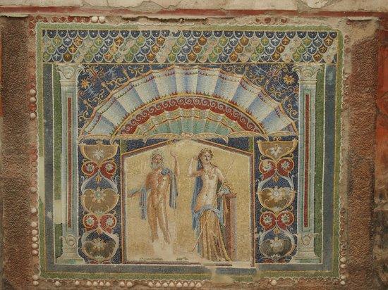 Ruins of Herculaneum: particolare dellacasa di nettuno