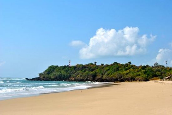 The Lighthouse Beach Resort: The beach - 2,5 km unspoiled white and amazing!
