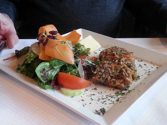 Romantik Hotel Fuchsbau: Wild-Terrine mit Salat