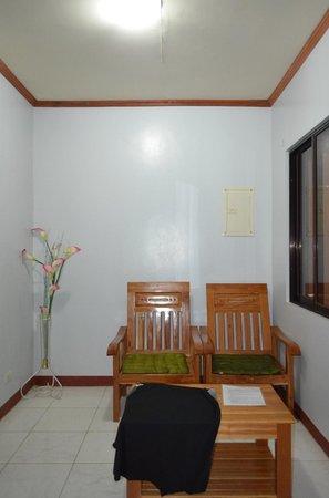 Sotera Mansion: Living room
