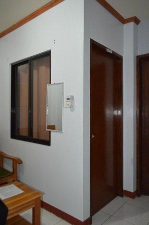 Sotera Mansion: 2 rooms inside Room 7(a & b)