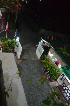 Sotera Mansion: Main entrance