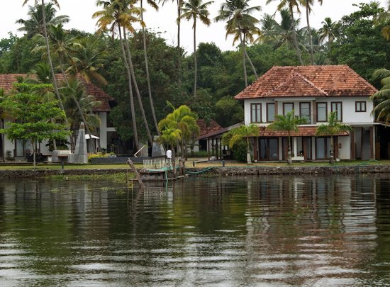 The Park on Vembanad Lake: Park Hotel from the lake