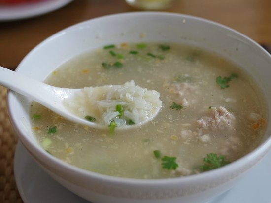 Feung Nakorn Balcony Rooms & Cafe: rice soup