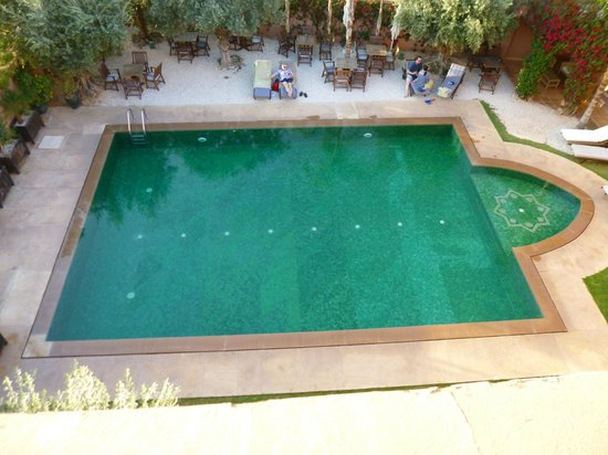 Al Fassia Aguedal: piscine