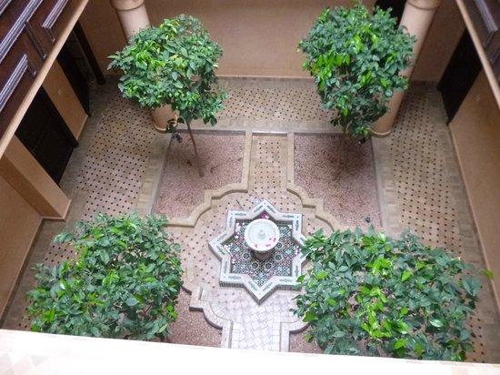 Al Fassia Aguedal : fontaine