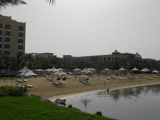 Traders Hotel, Qaryat Al Beri, Abu Dhabi: Private beach at The Traders Hotel