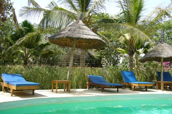 Auberge Keurmariguen: le coin piscine