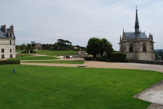 Château d'Amboise : My son enjoying the grounds