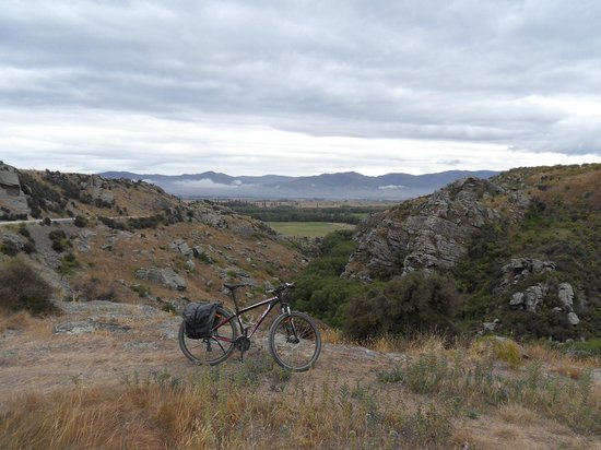 Otago Central Rail Trail: From the Poolburn gorge