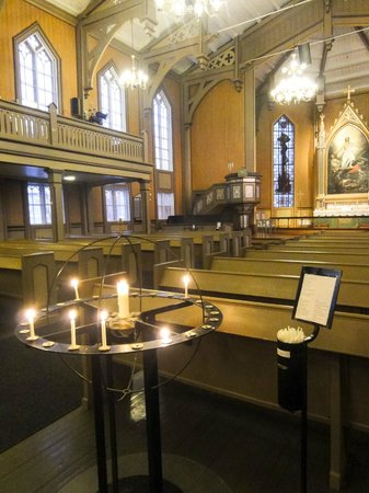 Tromso Domkirke : Just beautiful and calm