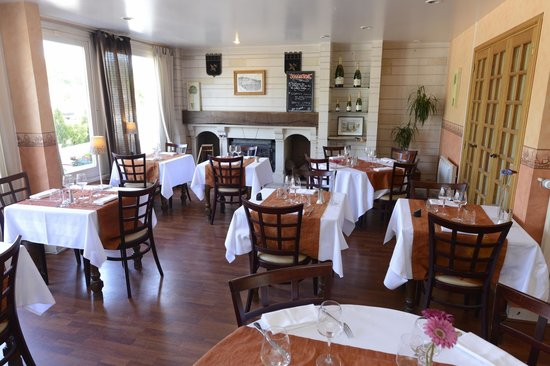 Hotel Le Cheval Rouge: Restaurant