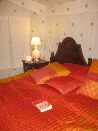 Orchard Hospitality Pvt Ltd: Schlafbereich