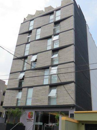 Tierra Viva Miraflores Larco: fachada