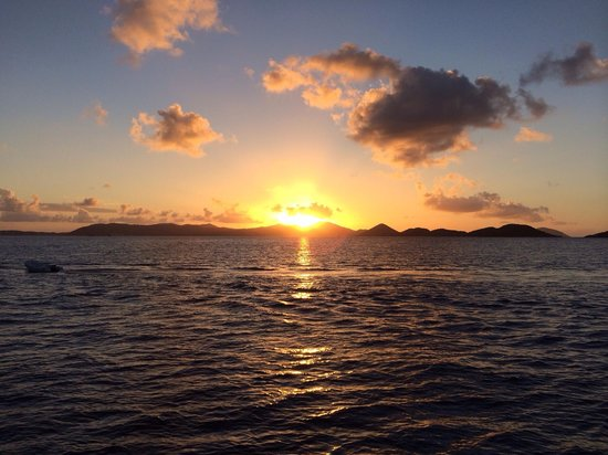 Cruz Bay Watersports: Sunset aboard Island Spirit.