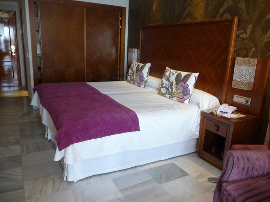 Hotel Balcon de Europa: Our Room
