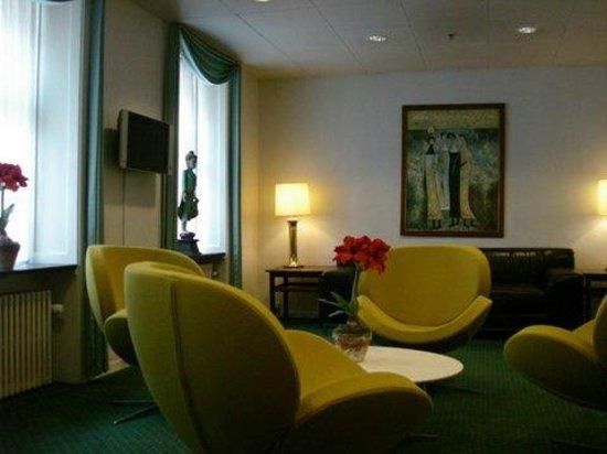 Hotel Nebo : The lobby