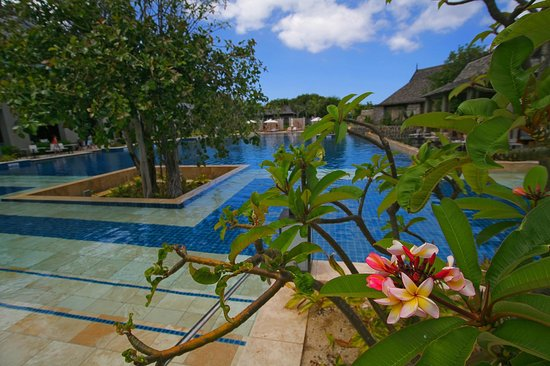 The St. Regis Mauritius Resort : Main Pool