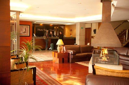 Maita Palace Hotel: saguão amplo e aconchegante