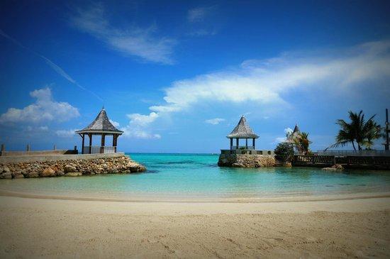 Reviews Seagarden Beach Resort