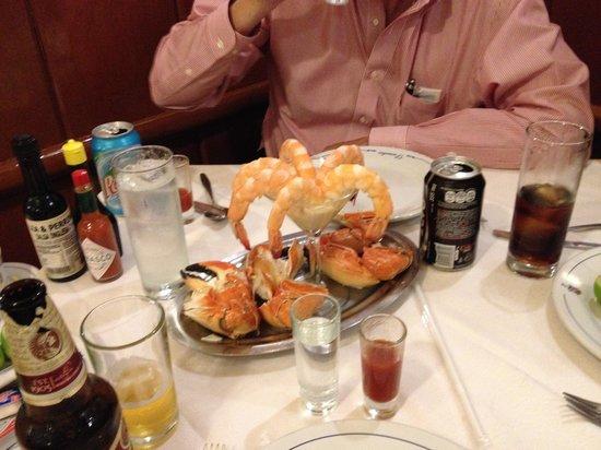 Danubio: crab and prawns starter