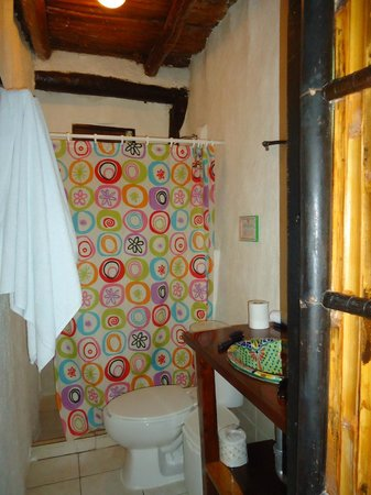 Las Palmas Maya: Great shower!