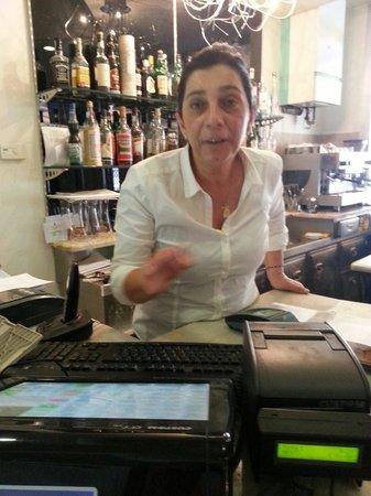 Pizzeria Ristorante Acqua e Sale: La signora Rita un'ottima padrona di casa