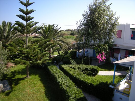 Aggeliki's Diamond Studios: The garden at the front