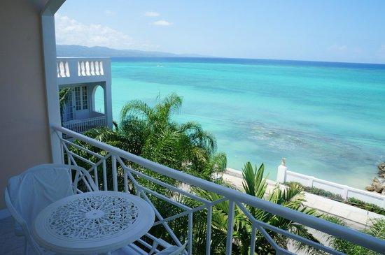 SeaGarden Beach Resort: View From Balcony Of Deluxe Ocean View Room