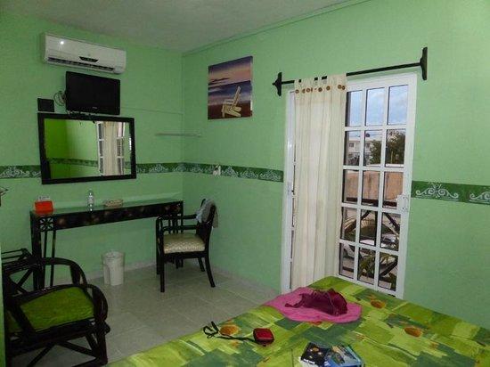 Hotel Posadas Addy: Room