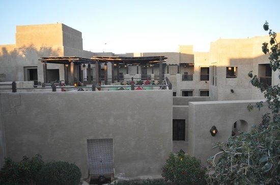 Bab Al Shams Desert Resort & Spa : Rooftop lounge close to room
