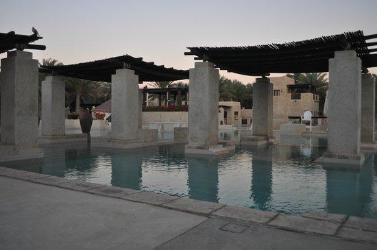 Bab Al Shams Desert Resort & Spa : Pool