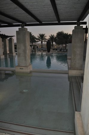 Bab Al Shams Desert Resort & Spa: Pool