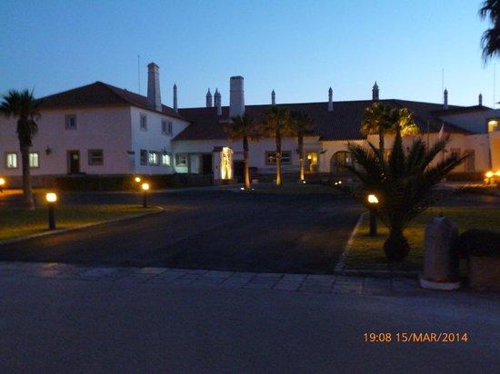 Pousada de Sagres, Infante: Front entrance at dusk