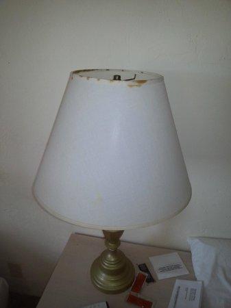 Venezia Hotel: lampes cassées