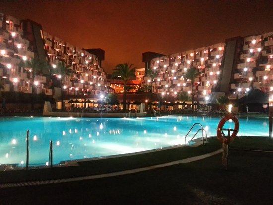 Holiday Village: pool at night