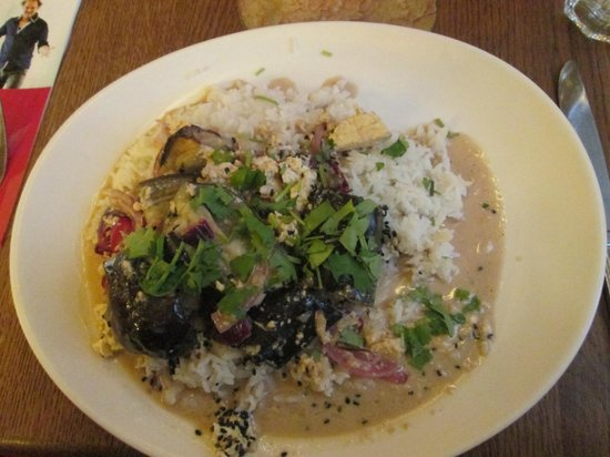 Maitrea: Aubergine coconut curry!
