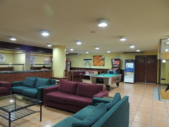 Hotel Cervol: Zona recreativa normal