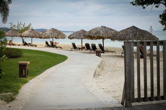 Sandals Whitehouse: Walkway that runs through the resort
