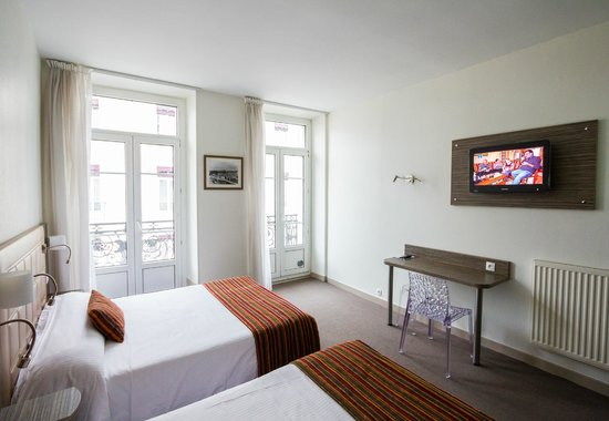 Hôtel de l'Europe Grenoble Hyper Centre : Chambre supérieure (de 1 à 4 personnes)