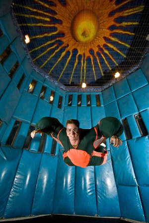 Vegas Indoor Skydiving : Fly like a bird