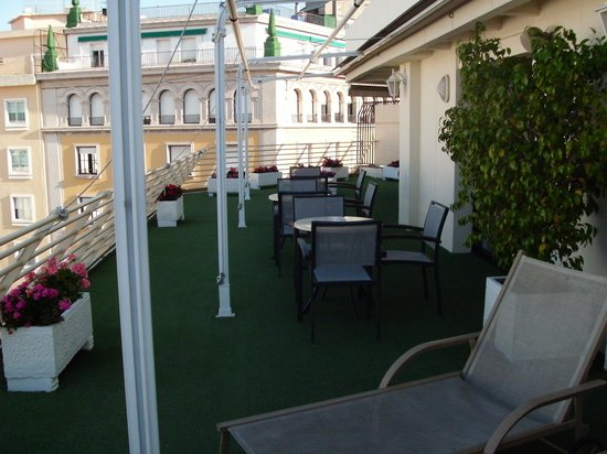 Hotel Derby Sevilla: sun terrace 4th floor Derby Hotrl