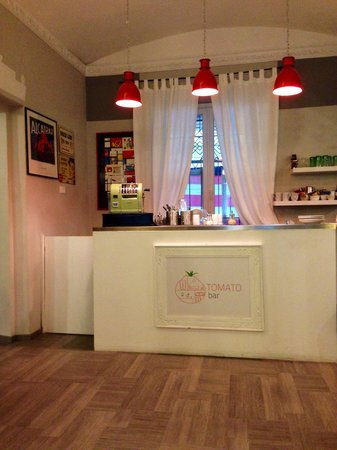 Tomato Backpackers Hotel : Hotel