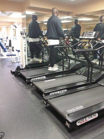 Avenue Plaza Resort: fitness area